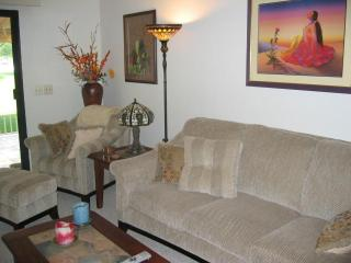 Gorgeous Condo on the 11th Hole - Palm Desert vacation rentals