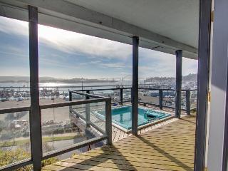Harbor Overlook Luxury Home - Newport vacation rentals