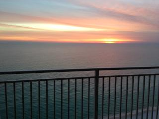 Emerald Beach Resort/Wyndham - 5 Star Luxury - Panama City Beach vacation rentals