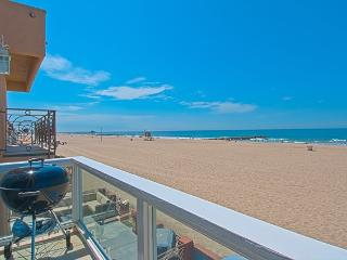 3703 B Seashore Drive- Upper 4 Bedroom 3 Baths - Newport Beach vacation rentals