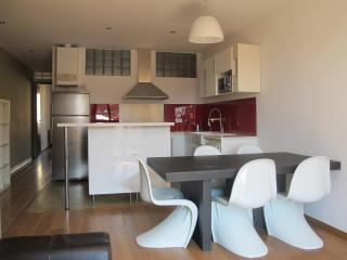 Cool Apartment  In The Heart Of Barcelona . - Barcelona vacation rentals