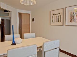 Executive One-Bedroom with City Views in Makati CBD - Las Pinas vacation rentals