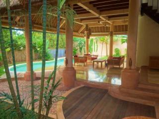BALI: JANUARY SPECIAL!!!  $125/nt 4 bdrm Spacious Villa Umalas - West Sulawesi vacation rentals