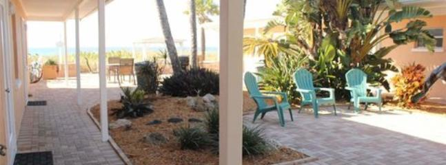 Beachside Efficiency #21 ~ RA43914 - Image 1 - Nokomis - rentals