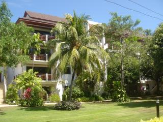THE SANDS at Nai Harn Beach Phuket 2 bedroom apt. - Nai Harn vacation rentals