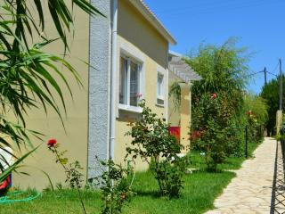 FLOWER VILLA 3 - 1 BEDROOM, 250M FROM THE BEACH - Argyrades vacation rentals
