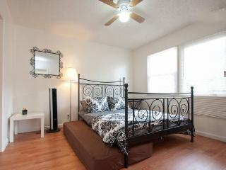 Central LA-Awesome, new 1 b/ba apt - Los Angeles vacation rentals