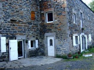GITE LE SUC - Le Monastier-sur-Gazeille vacation rentals