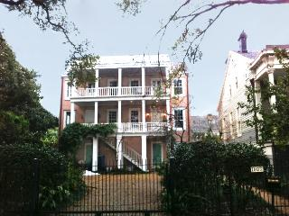 Large groups welcomed,,,,6 bedrooms total - New Orleans vacation rentals