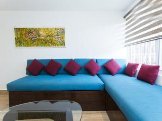 3 blocks from the beach 2 bedroom sleeps 6 - Playa del Carmen vacation rentals