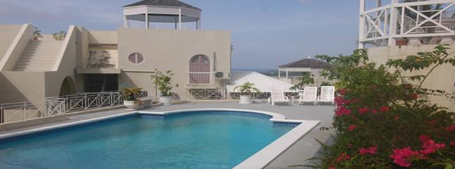 PARADISE CH -132348 1 BEDROOM APARTMENT - PRIVATE | SECURE TOWN LOCATION WITH POOL - OCHO RIOS - Image 1 - Ocho Rios - rentals
