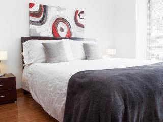 Bright Apartment in El Chicó - Bogota vacation rentals