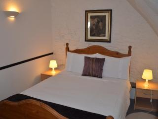 B & B Family Suite for 6 - private ensuite shower - Mont-St-Michel vacation rentals