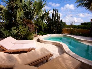 Apartment Dolfein - 30% LAST-MINUTE DISCOUNT! - Kralendijk vacation rentals
