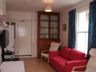 Roomy 5 bedroom house near exeter city centre - Exeter vacation rentals