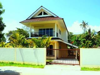 2 BR - Seaview villa in Naiharn - Sao Hai vacation rentals