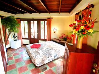1-2 BR - Villa Lotus - Sao Hai vacation rentals