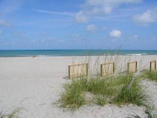 Beach Getaway! Summer and Fall specials. Book Now! - Satellite Beach vacation rentals