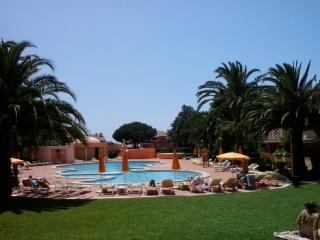 Chez Sophie - Azenhas do Mar vacation rentals