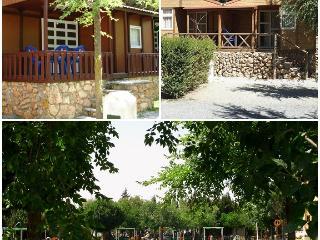 Bungalow 2/4 people with kitchen and bathroom close to Granada. - Albunuelas vacation rentals