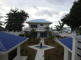 Elle's Villa by the Sea - Initao vacation rentals