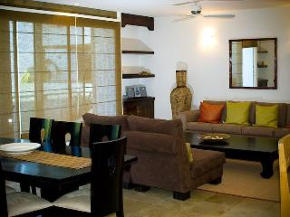 Spacious and luxurious condo in Playacar - Playa del Carmen vacation rentals