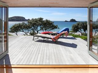 Absolute Hahei Oceanfront - Cooks Beach vacation rentals