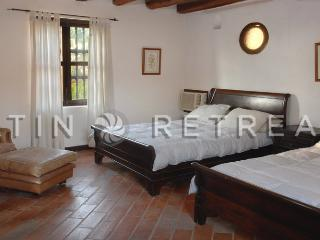 Old City - 9 bdr/9 baths -Cartagena ( Flor de Liz) - Bolivar Department vacation rentals