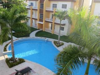Luxury 1700sqf penthouse. Walk to the beach. - Punta Cana vacation rentals