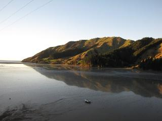 Romantic coastal accommodation, Cable Bay, Nelson - Nelson vacation rentals