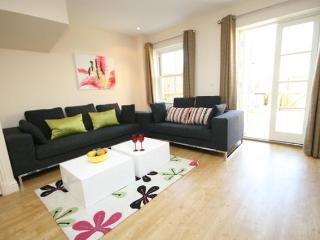 Signet Simpers 3 Bedroom Town House - Cambridgeshire vacation rentals