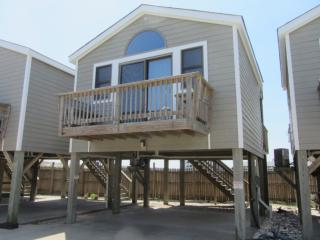 8 THE BOAT HOUSE 0008 - Hatteras vacation rentals