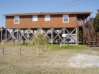FREAKY TIKI 305 - Avon vacation rentals