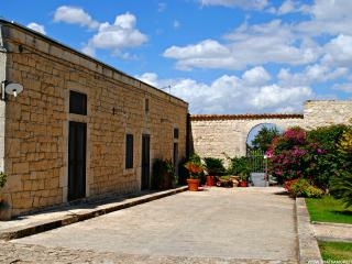 Villa Rassabia nature and relax in Modica - Sicily vacation rentals