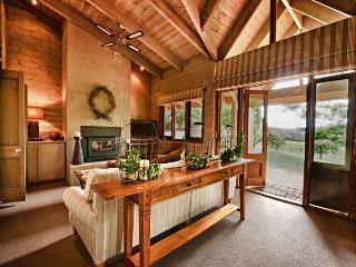 Tussie Mussie Vineyard Retreat- Vineyard Cottage - McCrae vacation rentals