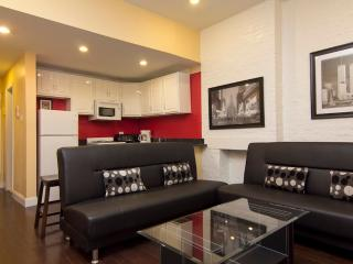 Sleeps 7! 4 Bed/2 Bath Apartment, Times Square, Awesome! (5844) - New York City vacation rentals