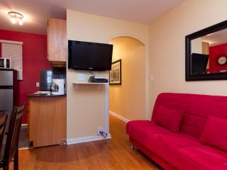 Sleeps 5! 2 Bed/1 Bath Apartment, Midtown East, Awesome! (6835) - New York City vacation rentals