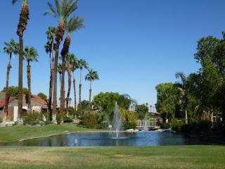 Sunrise Racquet Club Close To Downtown Palm Spring - Palm Springs vacation rentals