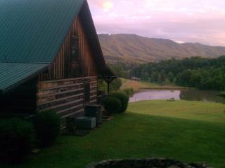 Misty Meadow Farm & Cabin Vacation&Wedding Venue - Maryville vacation rentals