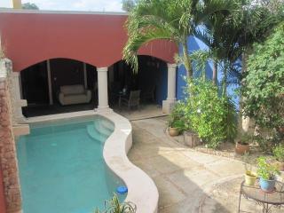 Santa Ana Casa, Centro Historico, Pool, Mod Cons - Merida vacation rentals