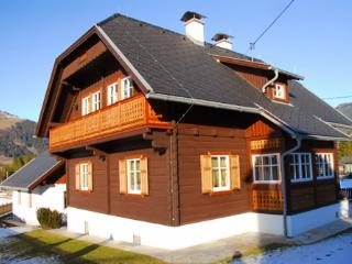 LLAG Luxury Vacation Home in Kleblach-Lind - 1507 sqft, comfortable, quiet, rural (# 4860) - Carinthia vacation rentals