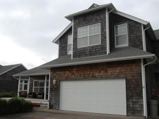 Gearhart Beach Home - Comfortable Family Getaway - Gearhart vacation rentals