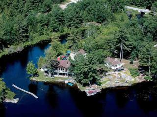 Muskoka - Tea Lake Cottages - The Loon - Muskoka vacation rentals