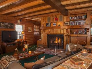 Log Haven Cabin Mountain Retreat - Pine Mountain Club vacation rentals