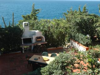 Villa Linda, Exceptional Sea-view - Trappeto vacation rentals