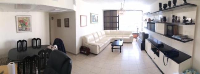 Central Raanana: On Quiet Cul de Sac, 3 Bedroom - Image 1 - Ra'anana - rentals