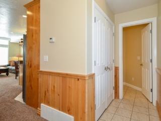 Snowbasin South View Condo | Luxury 2 Bedroom | Lakeside Unit 21 - Huntsville vacation rentals