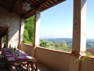 Le Vedute 11 - San Pietro a Marcigliano vacation rentals