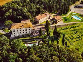 Castagno Caccia - Gambassi Terme vacation rentals