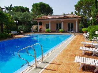 Villa Niccolò - Foiano Della Chiana vacation rentals